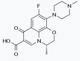左氧氟沙星(半水合物)